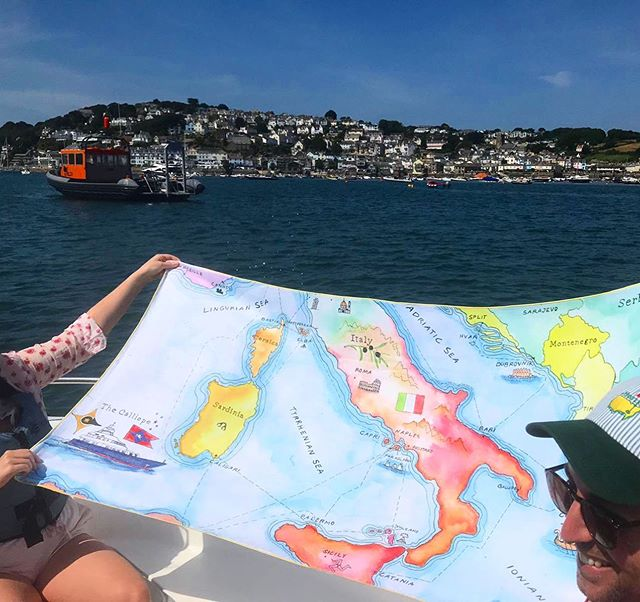 Gunner's Daughter towels are super lightweight and packable so you can take them on all your fabulous vacations! @ajb_miller and @freddiecmmiller in Salcombe with the #GDitalytowel. Thanks for the photo guys! #gunnersdaughteronvaycay #travelaccessories #beachtowel #italy #salcombe #gunnersdaughter #gunnersdaughtermaps