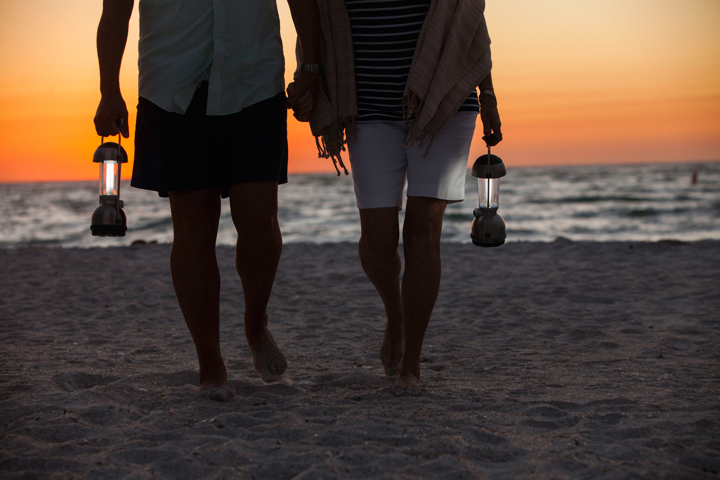 Day1_older_couple_at_sunset-7825_hr.jpg
