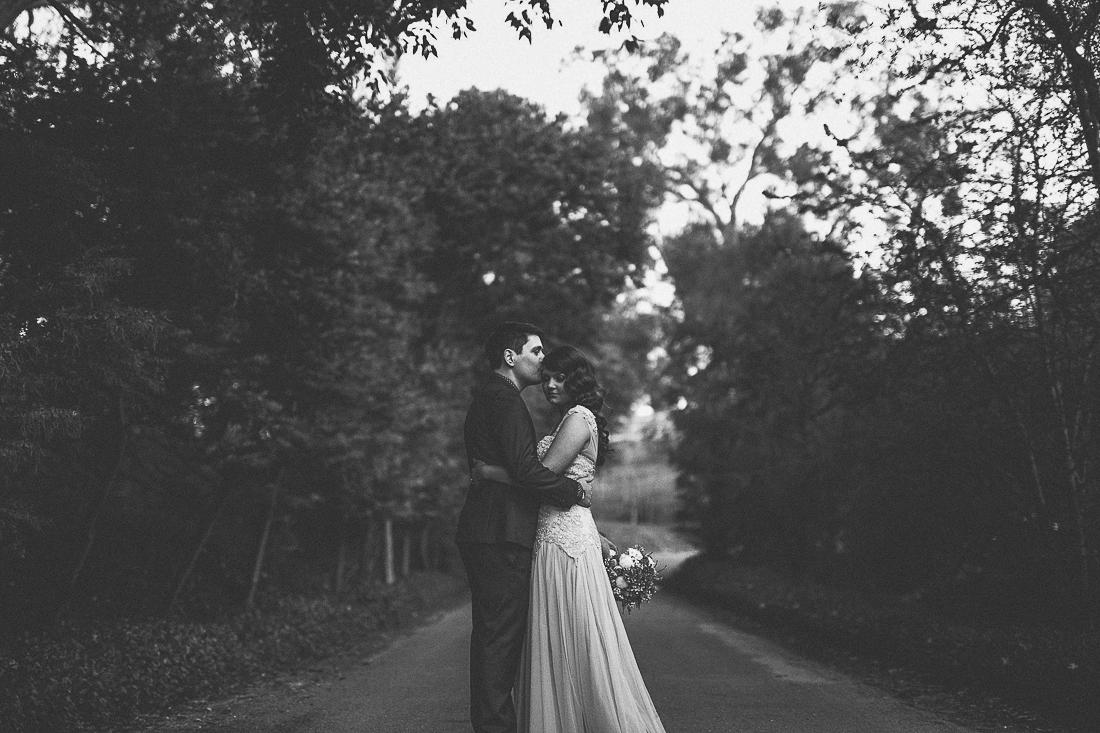 alissa-tom-adelaide-wedding-photographer-2