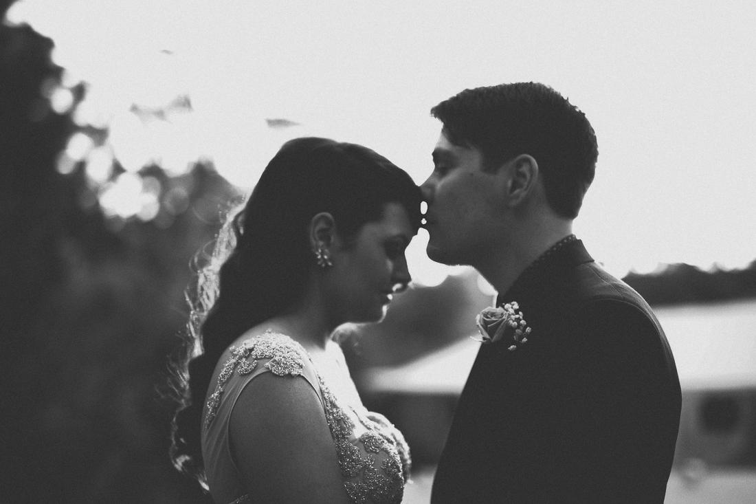 alissa-tom-adelaide-wedding-photographer-1