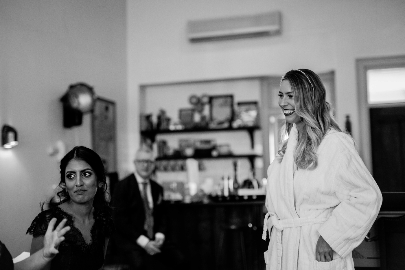 Charlotte and Hugh - Glen Ewin Estate Wedding - Natural light photographer in Adelaide - www.katherineschultzphotography.com 12