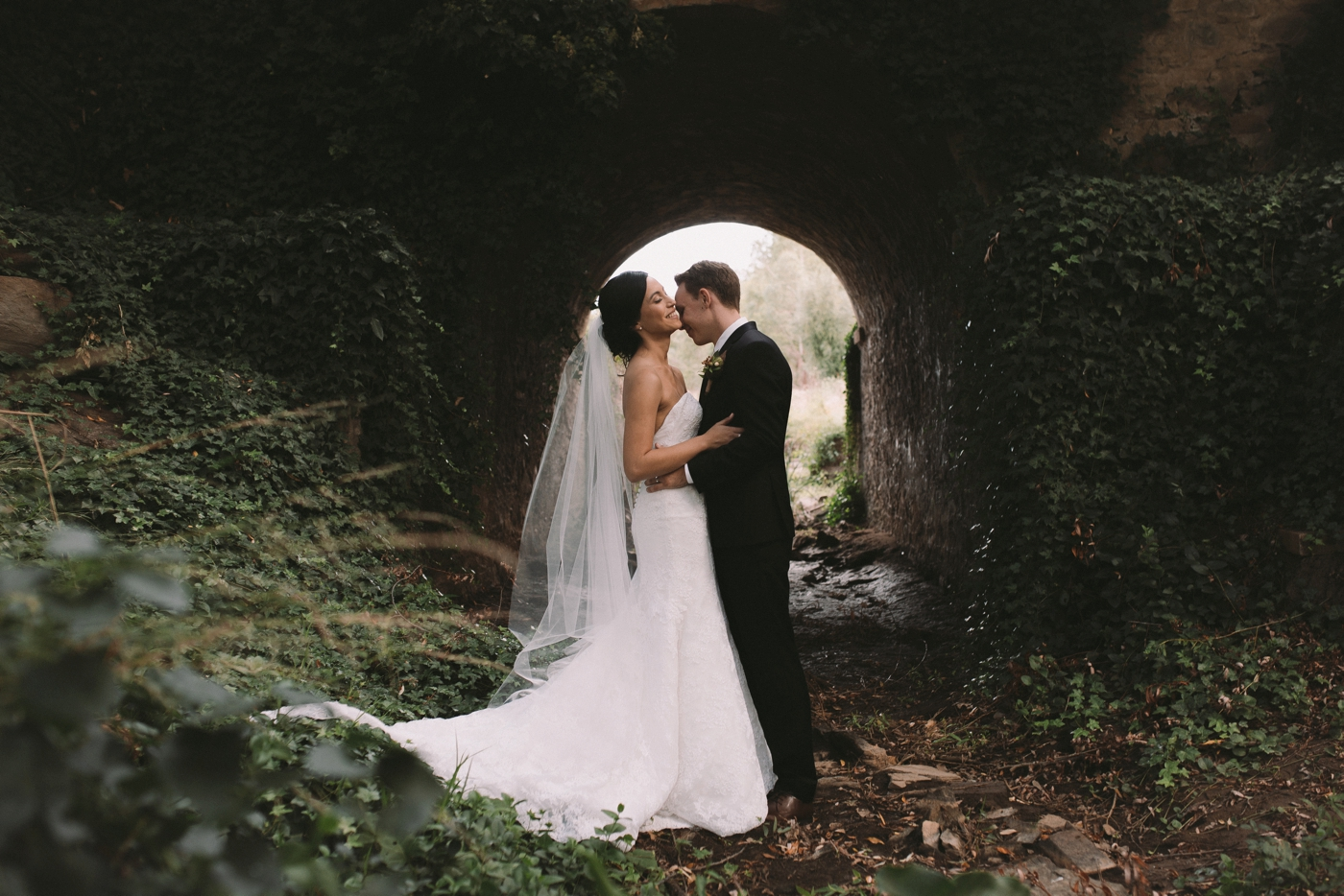 Jasmine and Adam - Inglewood Inn Wedding Photography - Natural Wedding Photographer in Adelaide - www.katherineschultzphotography.com_0069.jpg