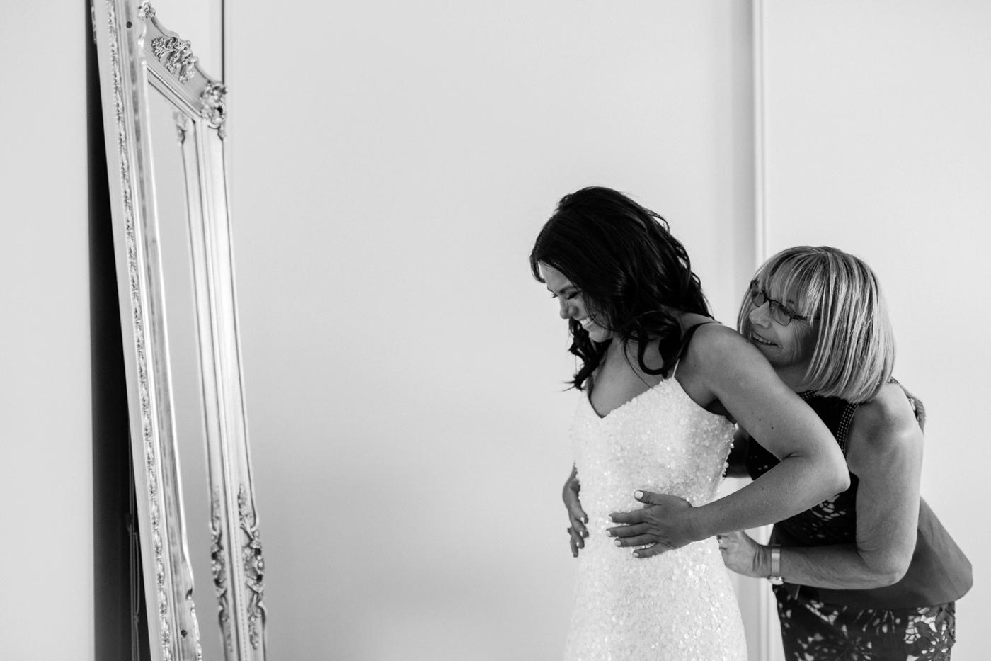 Kellie & Brent - Adelaide City Wedding - Natural wedding photography in Adelaide - Katherine Schultz - www.katherineschultzphotography.com 8