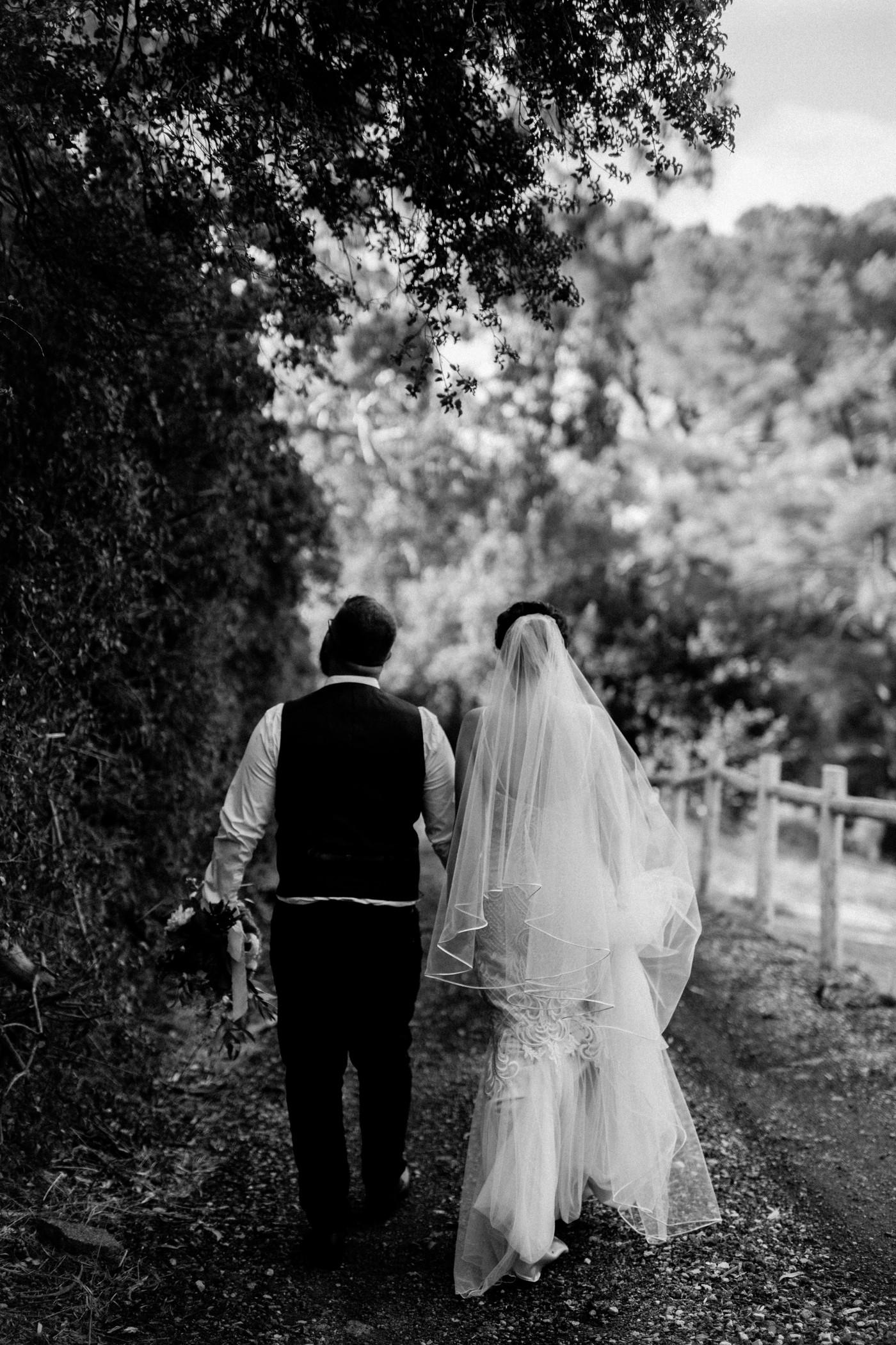 Emma & Aaron - Marybank Estate Wedding - Natural Wedding Photography in Adelaide - www.katherineschultzphotography.com_0055.jpg