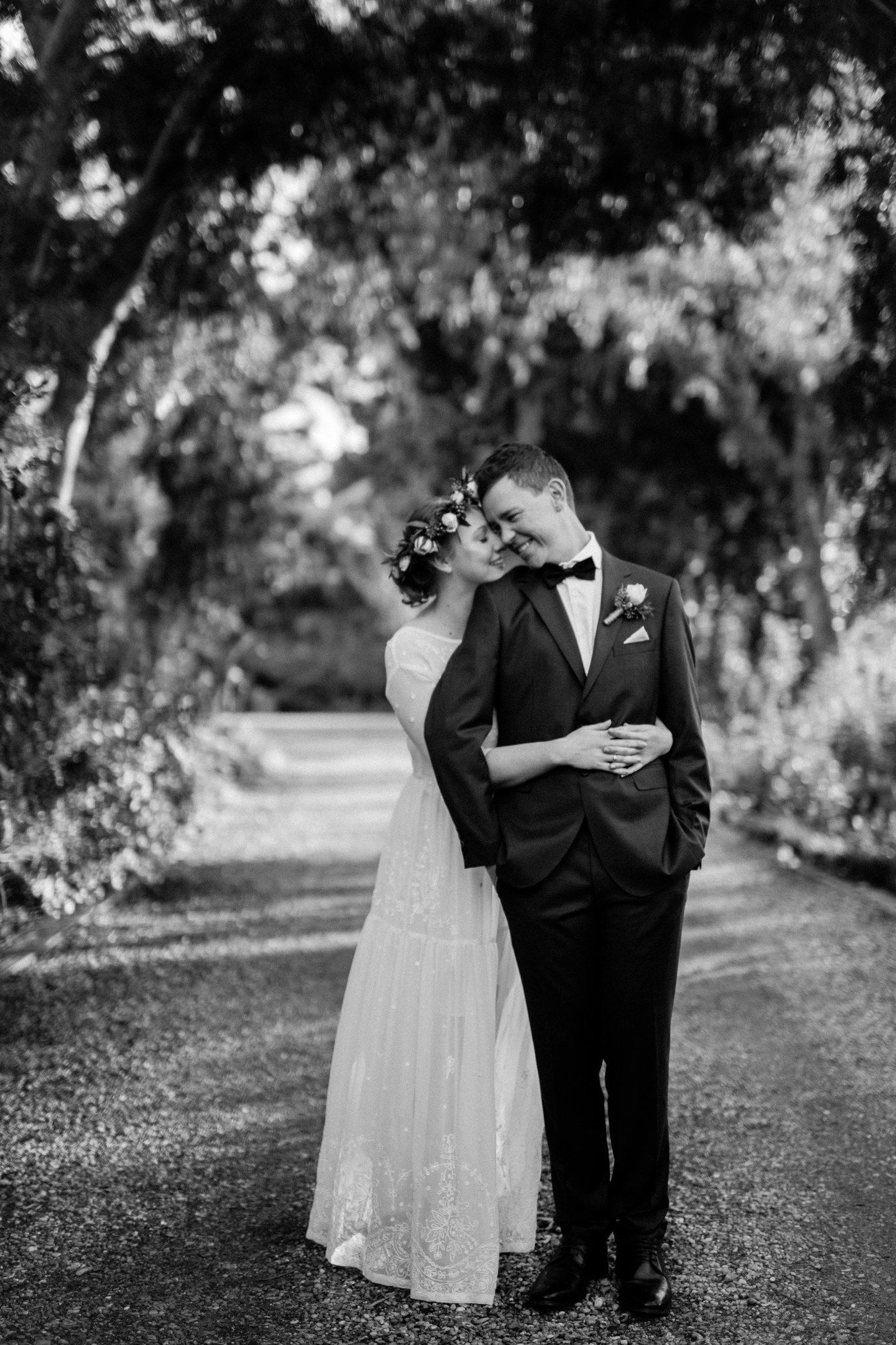 Jo & Aaron - Natural Wedding Photography in Adelaide - Beautiful, modern wedding photographer - Al Ru Farm Wedding Photography - Katherine Schultz_0025.jpg