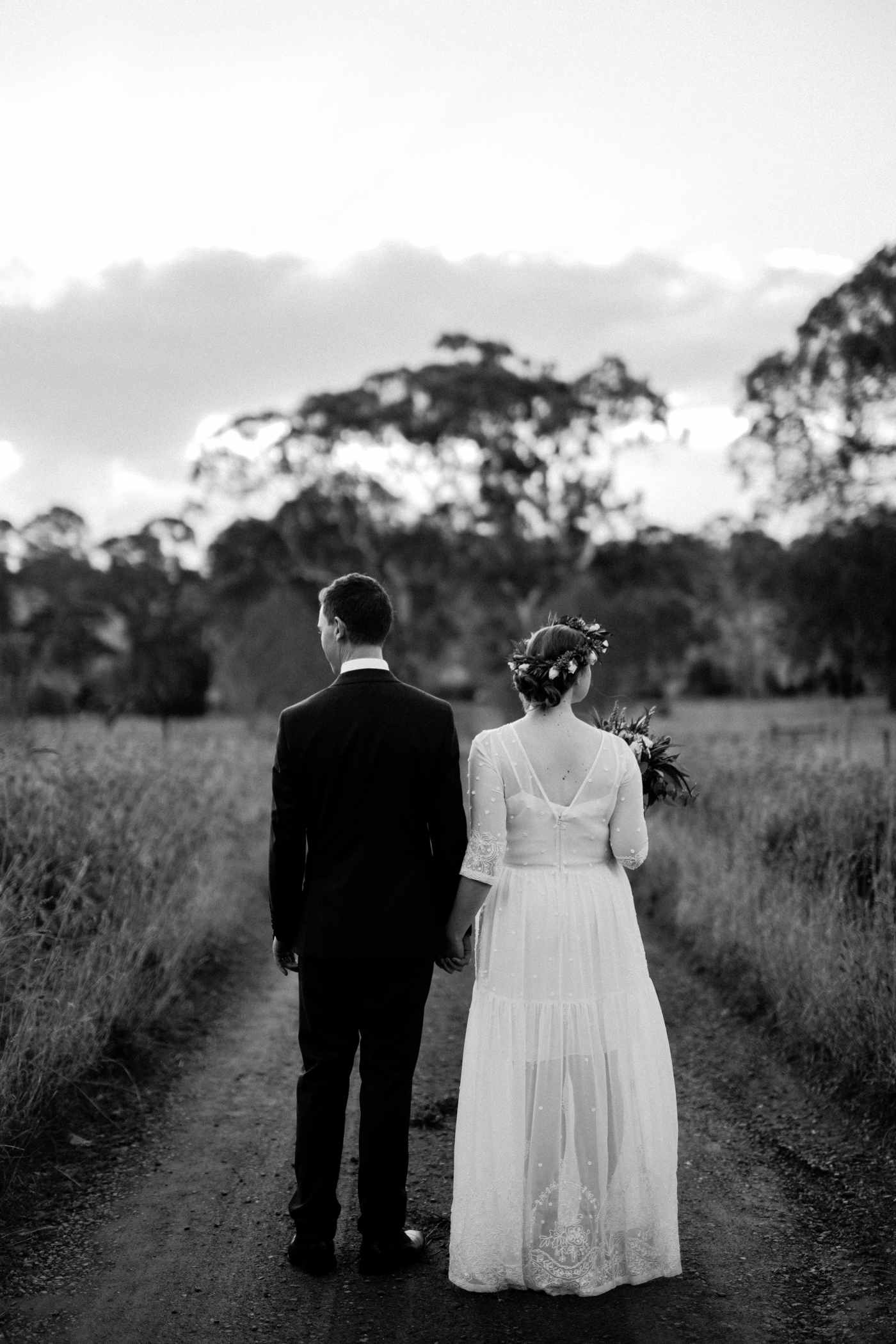 Jo & Aaron - Natural Wedding Photography in Adelaide - Beautiful, modern wedding photographer - Al Ru Farm Wedding Photography - Katherine Schultz_0029.jpg