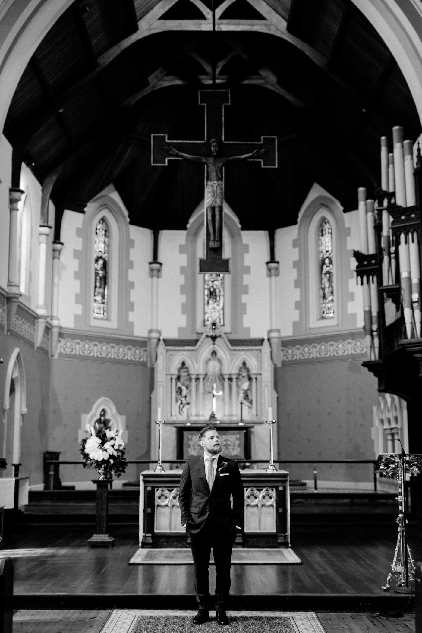 Erin & Ryan - Natural Wedding Photographer in Adelaide - Maximillians Wedding - Simple and Modern Wedding Photographer - Katherine Schultz - www.katherineschultzphotography.com_0007.jpg