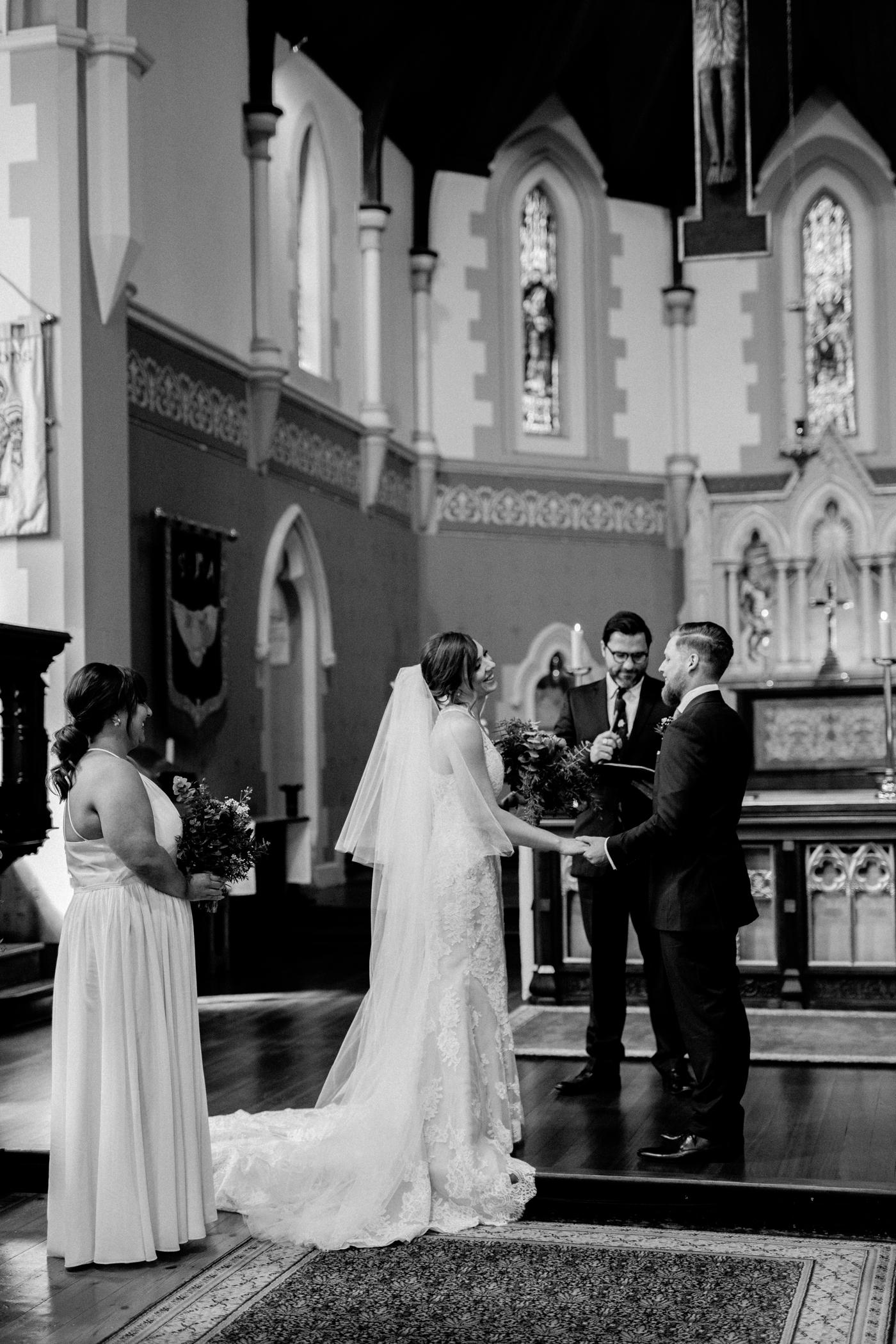 Erin & Ryan - Natural Wedding Photographer in Adelaide - Maximillians Wedding - Simple and Modern Wedding Photographer - Katherine Schultz - www.katherineschultzphotography.com_0015.jpg
