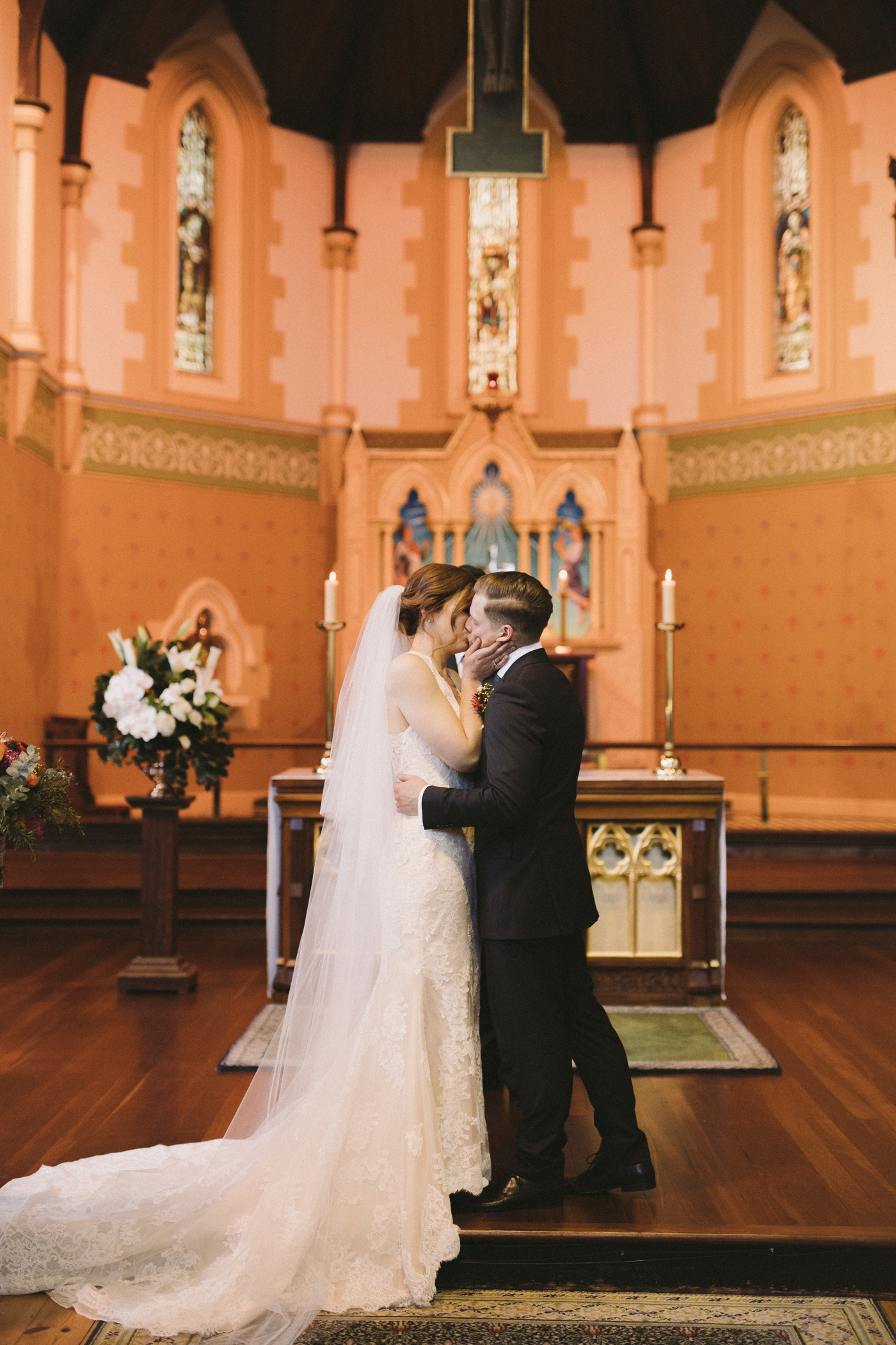 Erin & Ryan - Natural Wedding Photographer in Adelaide - Maximillians Wedding - Simple and Modern Wedding Photographer - Katherine Schultz - www.katherineschultzphotography.com_0023.jpg