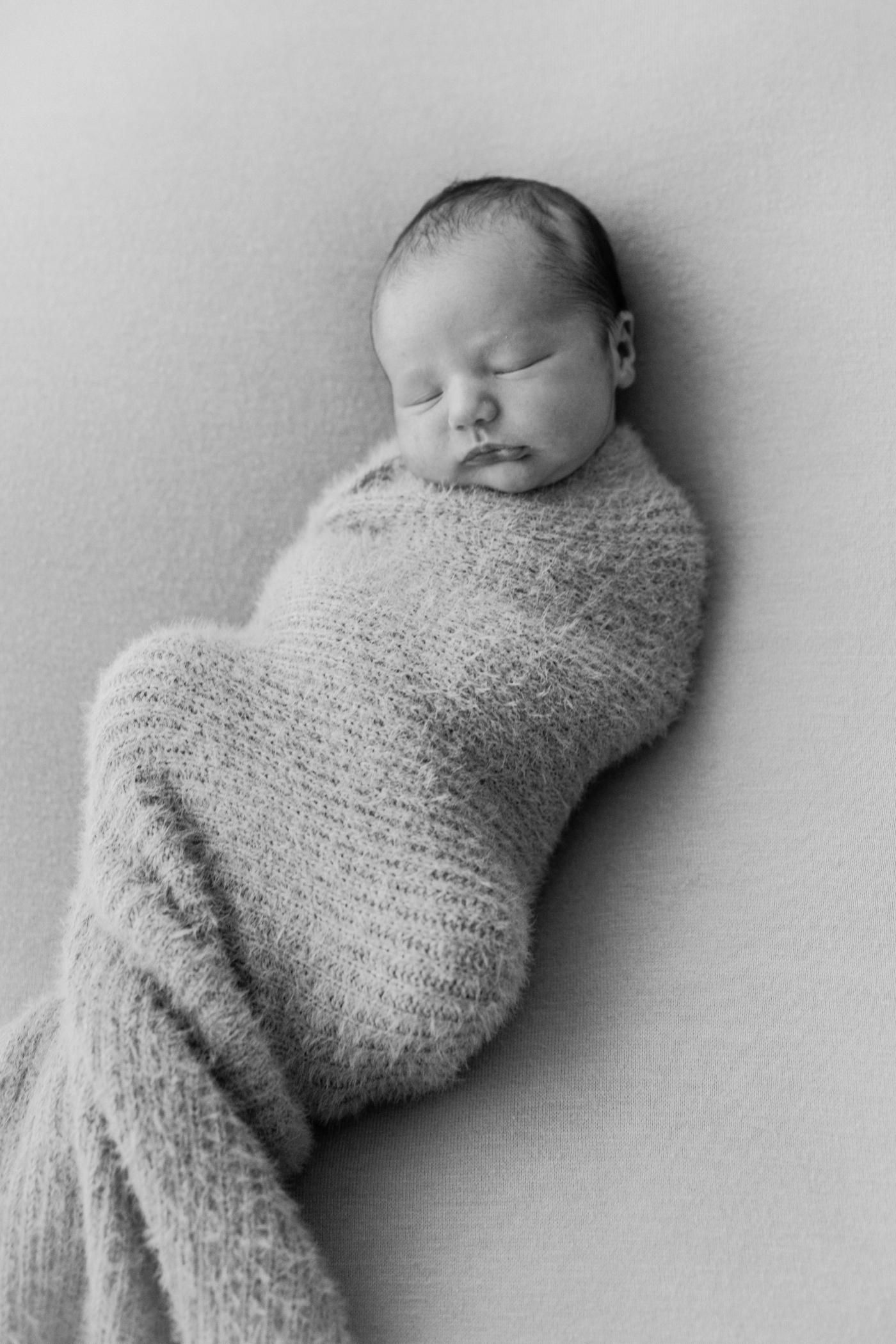 Baby Flynn - Natural Newborn Photography in Adelaide - Simple and Beautiful Newborn Photography - Katherine Schultz - Natural Light Newborn Photographer in Adelaide - www.katherineschultzphotography.com_0012.jpg