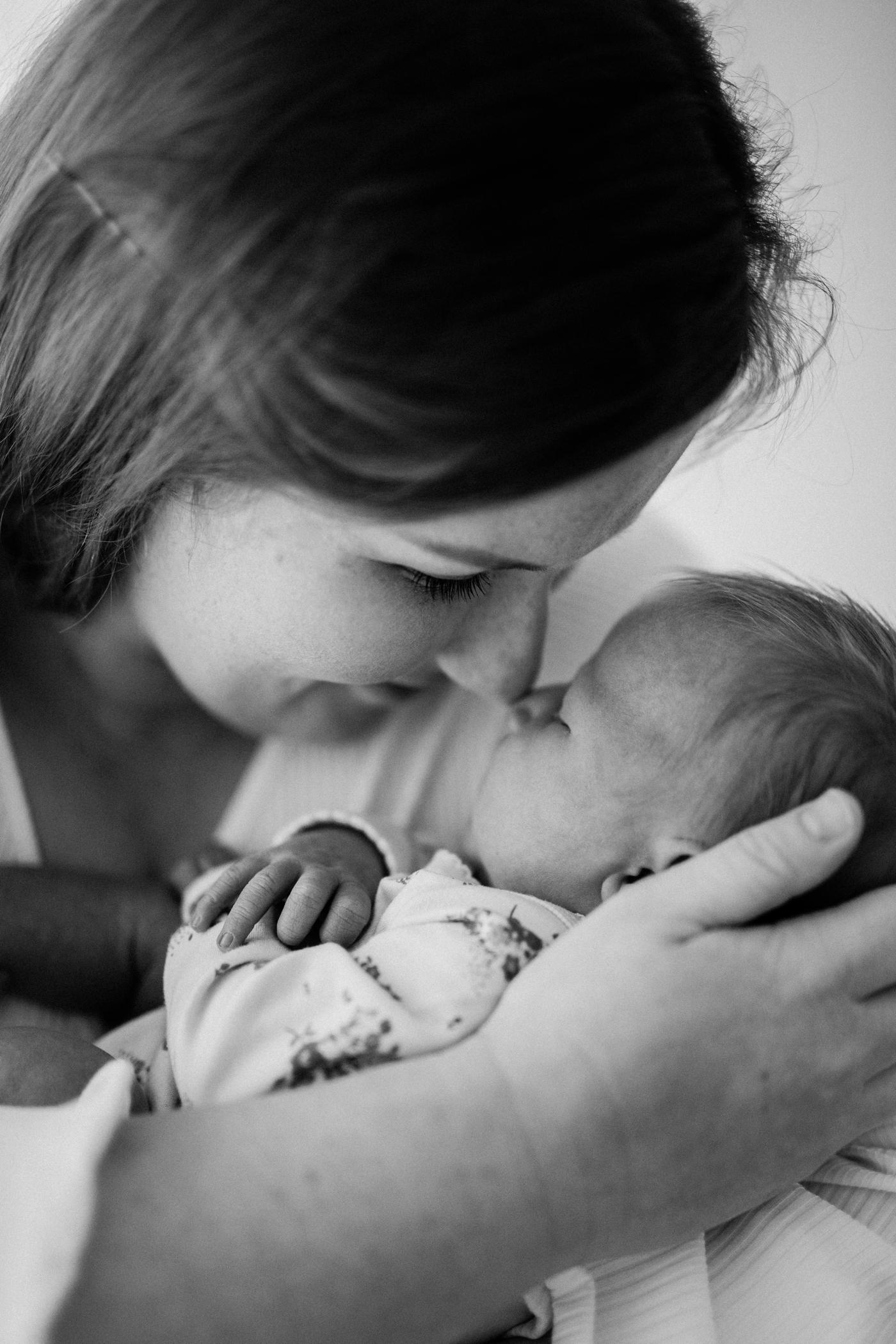 Baby Maggie - Natural Newborn Photography in Adelaide - Simple and Beautiful Newborn Photography - Katherine Schultz - Natural Light Newborn Photographer in Adelaide - www.katherineschultzphotography.com_0018.jpg