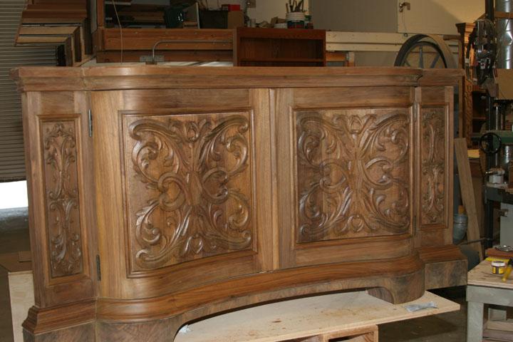 Serpentine front lower cabinet.