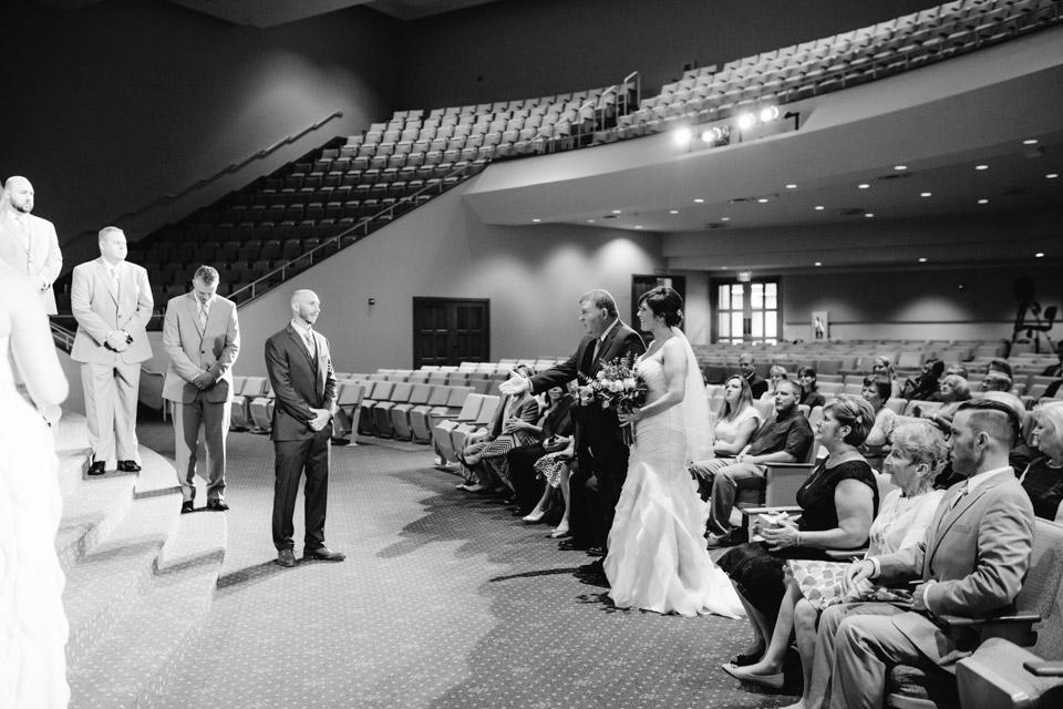 Cleveland Wedding Photographer _0014.jpg