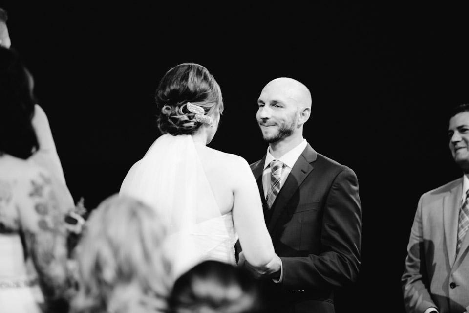 Cleveland Wedding Photographer _0020.jpg
