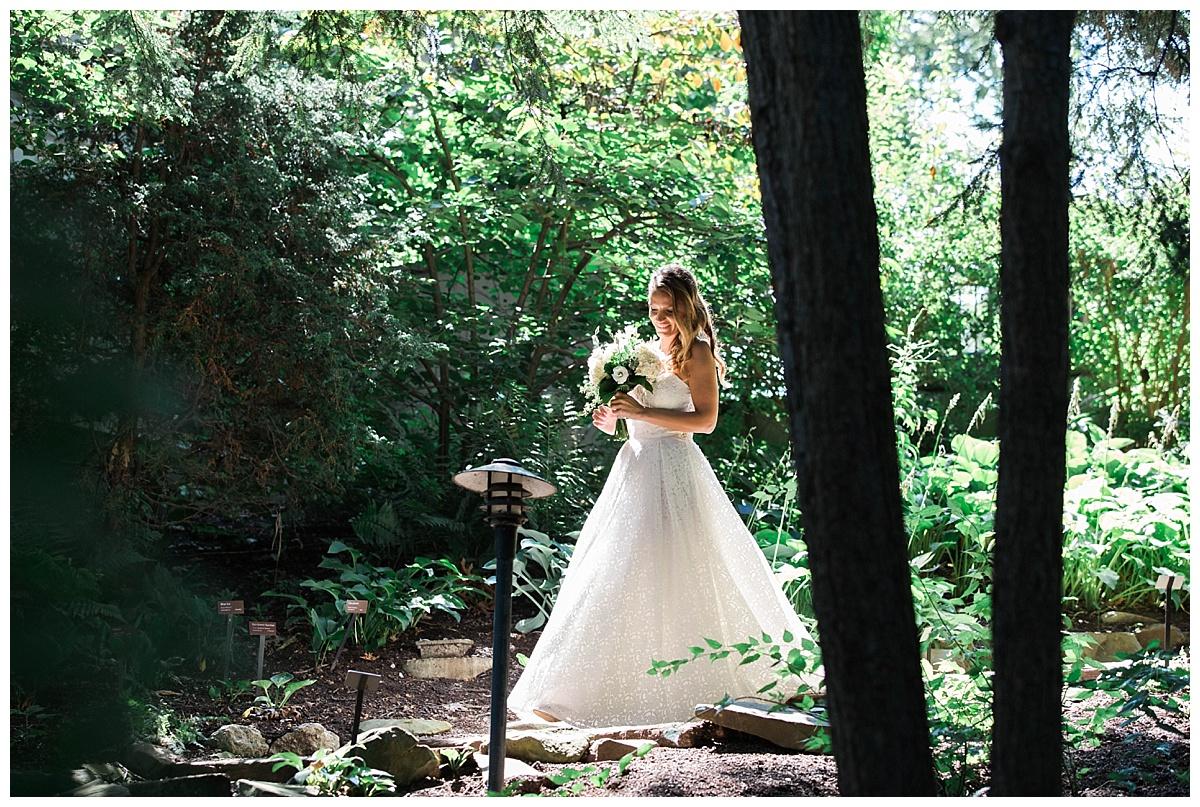 Cleveland-Botanical-Garden-Wedding_0187.jpg