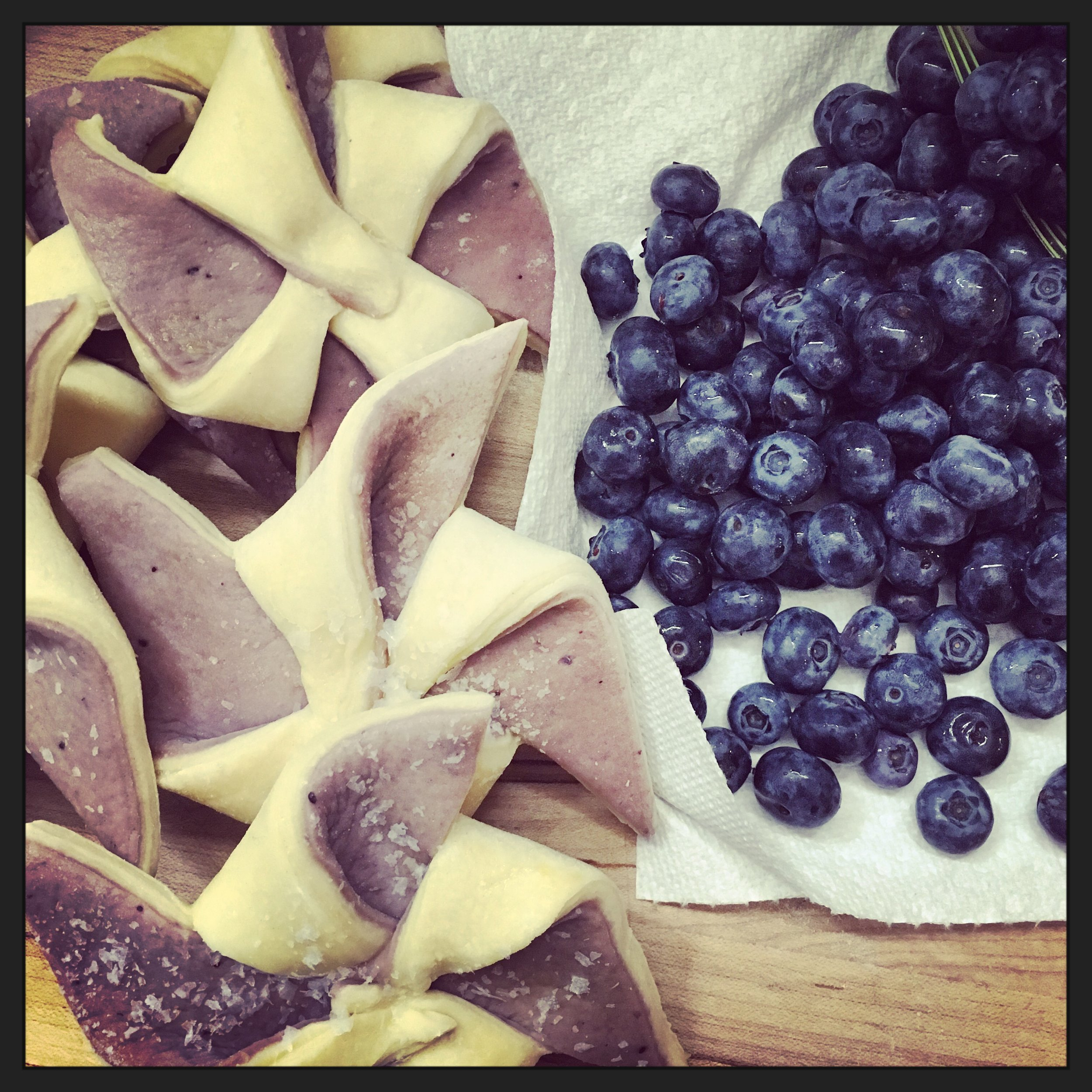 Blueberries are once again the feature this week in croissants going to farmers' markets this week, including the beautiful bi-color pinwheel croissants colored by blueberry jam! Come find one this week!