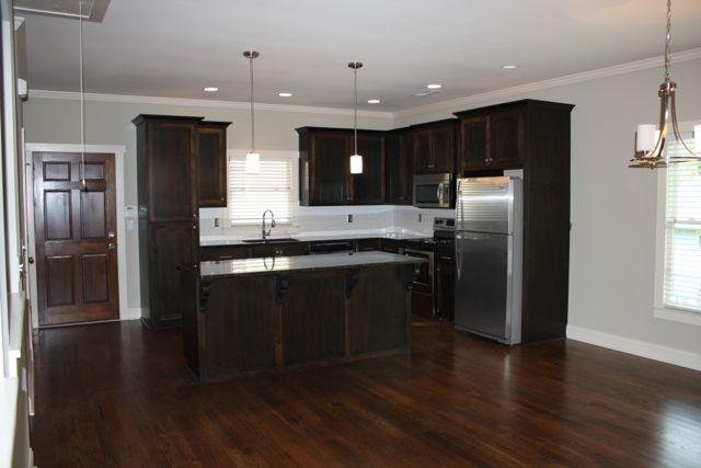 455 Willow Kitchen 3.jpg