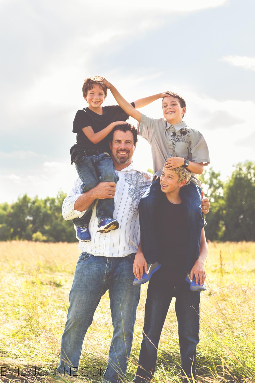 Family Portraits-18.jpg