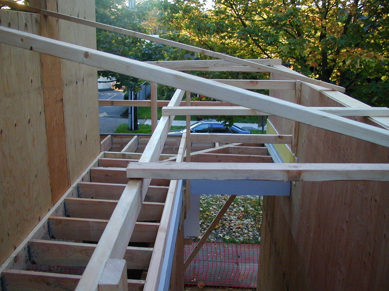 2003 Q4 Duplex Deck4.jpg