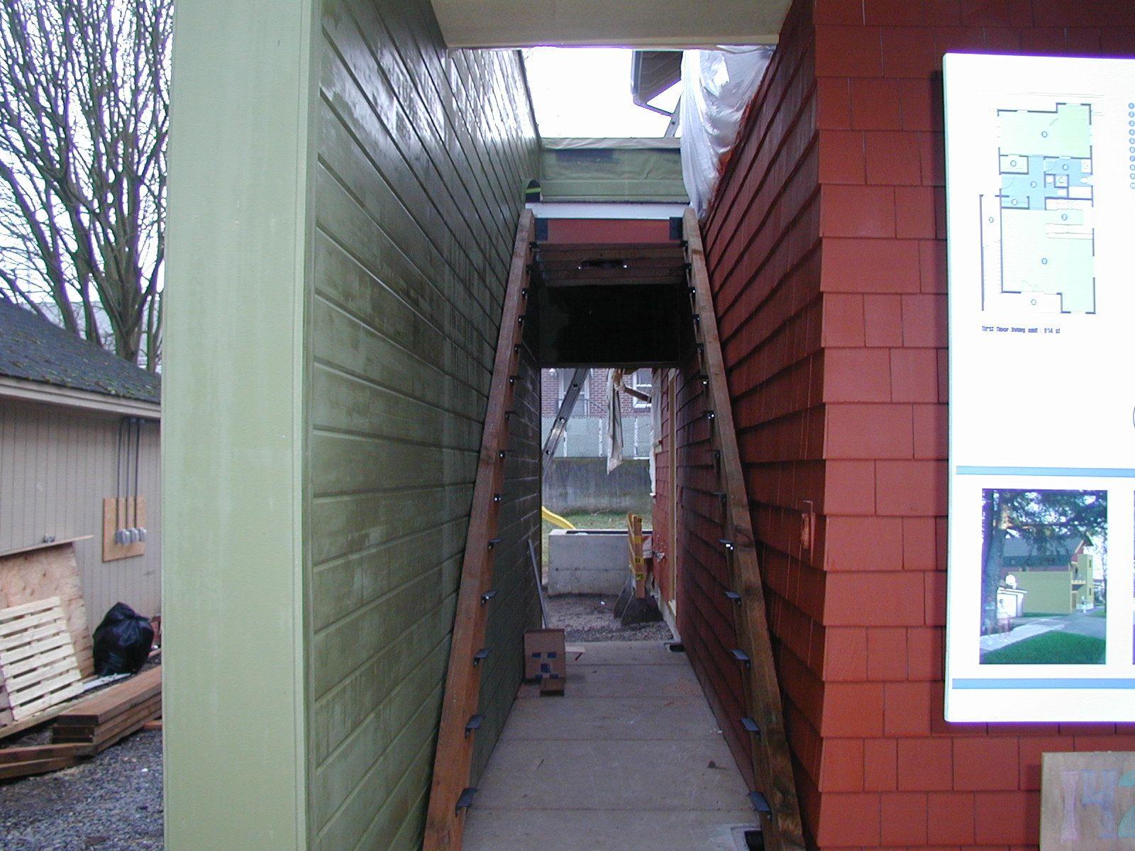 2004 Q1 Duplex58.jpg