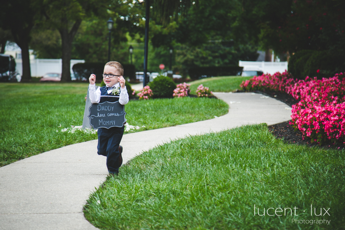 Mansion_Valley_Country_Club_Towson_Maryland_Wedding_Photography-120.jpg