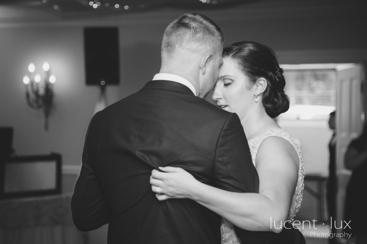 Mansion_Valley_Country_Club_Towson_Maryland_Wedding_Photography-154.jpg