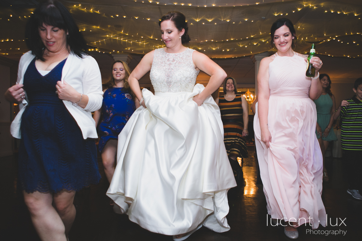 Mansion_Valley_Country_Club_Towson_Maryland_Wedding_Photography-166.jpg
