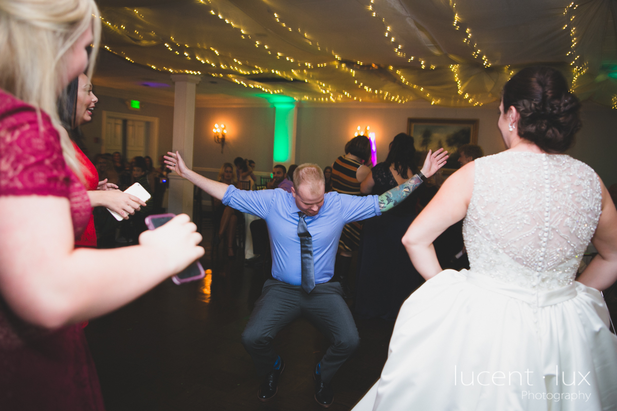 Mansion_Valley_Country_Club_Towson_Maryland_Wedding_Photography-167.jpg