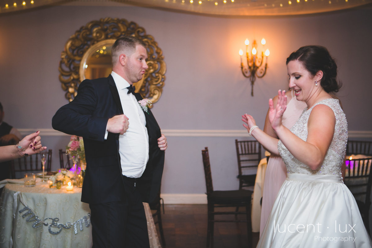 Mansion_Valley_Country_Club_Towson_Maryland_Wedding_Photography-169.jpg
