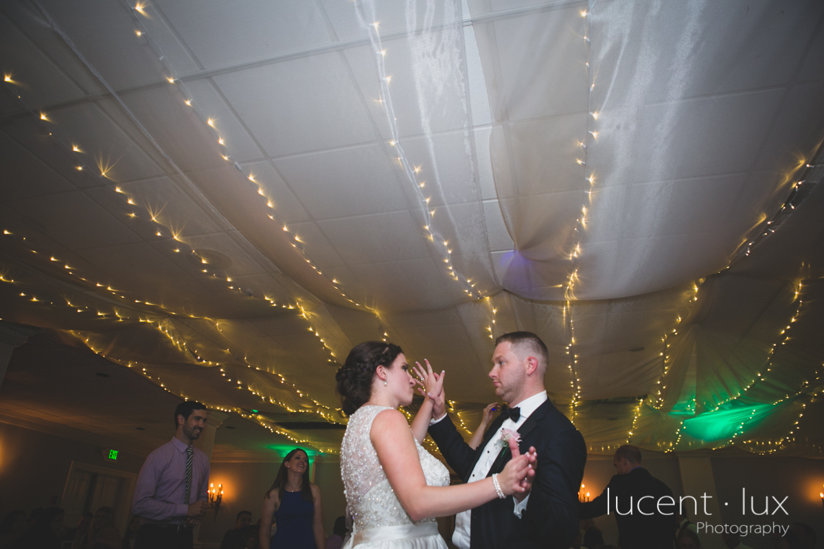 Mansion_Valley_Country_Club_Towson_Maryland_Wedding_Photography-168.jpg