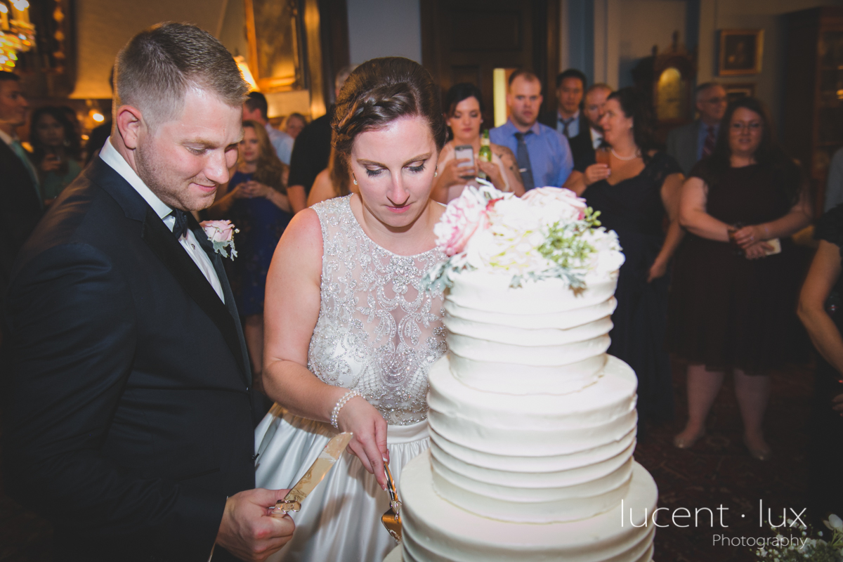 Mansion_Valley_Country_Club_Towson_Maryland_Wedding_Photography-171.jpg