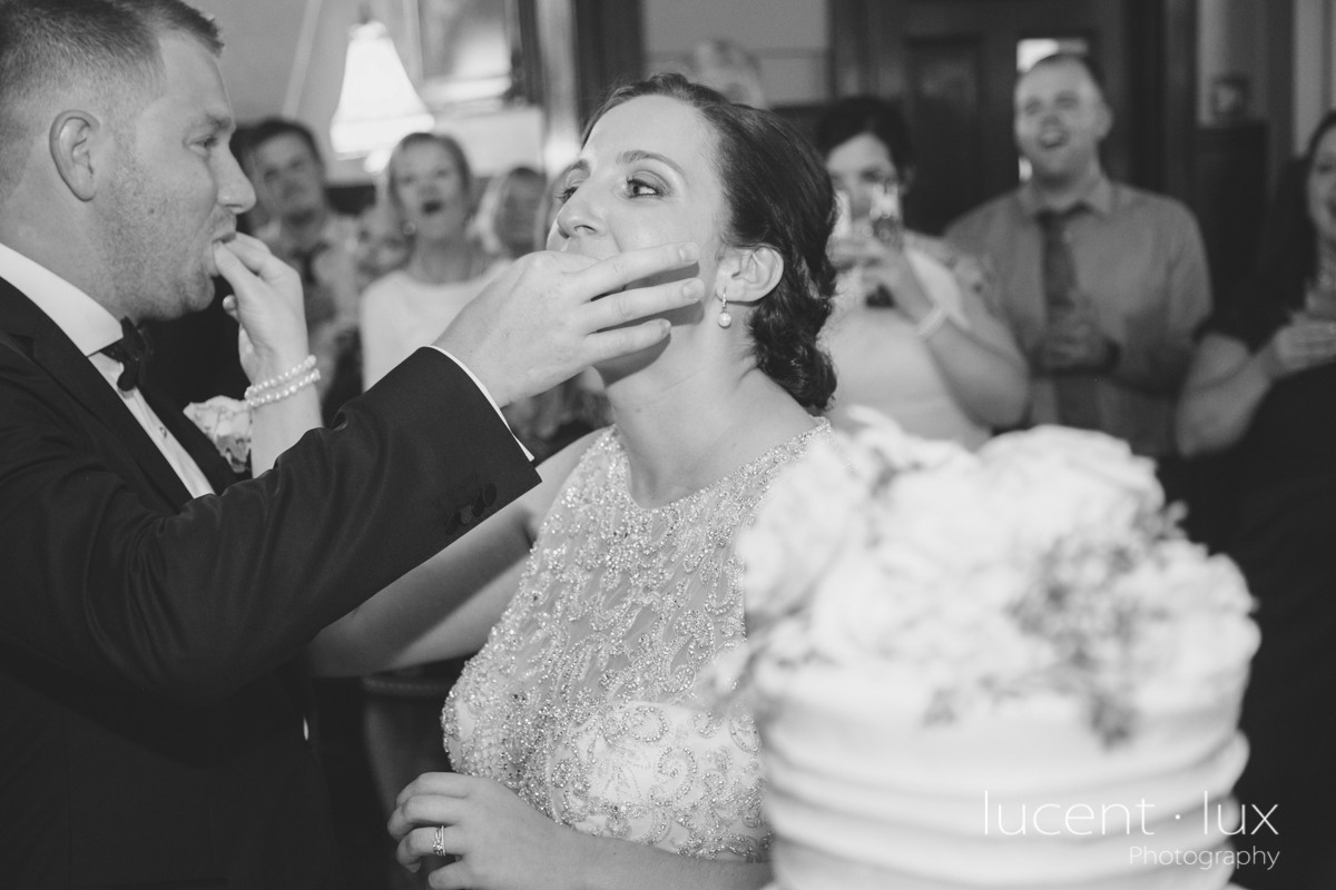 Mansion_Valley_Country_Club_Towson_Maryland_Wedding_Photography-172.jpg