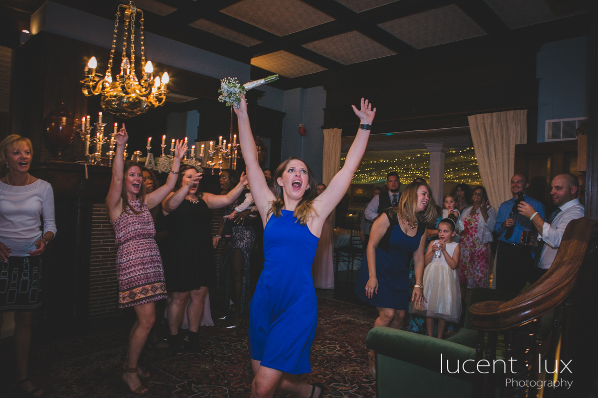 Mansion_Valley_Country_Club_Towson_Maryland_Wedding_Photography-177.jpg