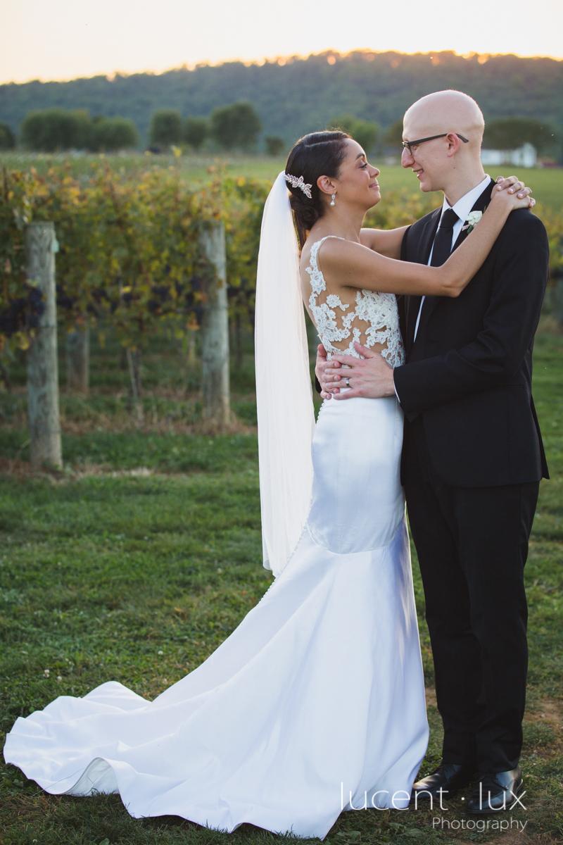 Maryland_Wedding_Photographer_Big_Cork_Vineyards_Wedding_Pennsylvania_Photography-116.jpg
