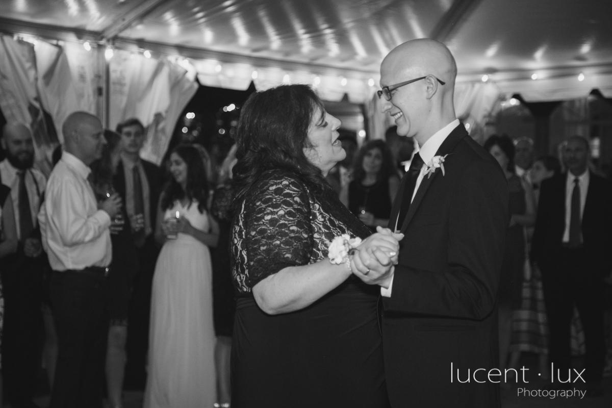 Maryland_Wedding_Photographer_Big_Cork_Vineyards_Wedding_Pennsylvania_Photography-285.jpg