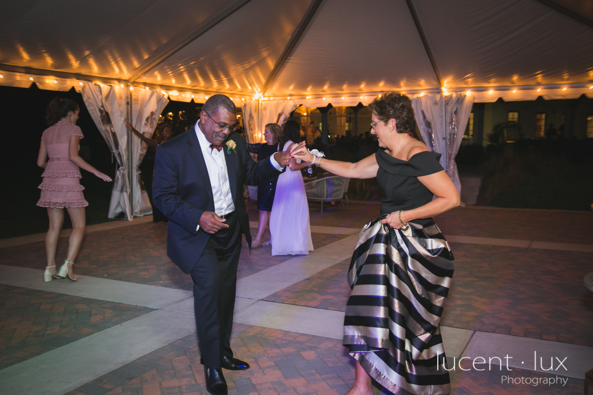 Maryland_Wedding_Photographer_Big_Cork_Vineyards_Wedding_Pennsylvania_Photography-291.jpg
