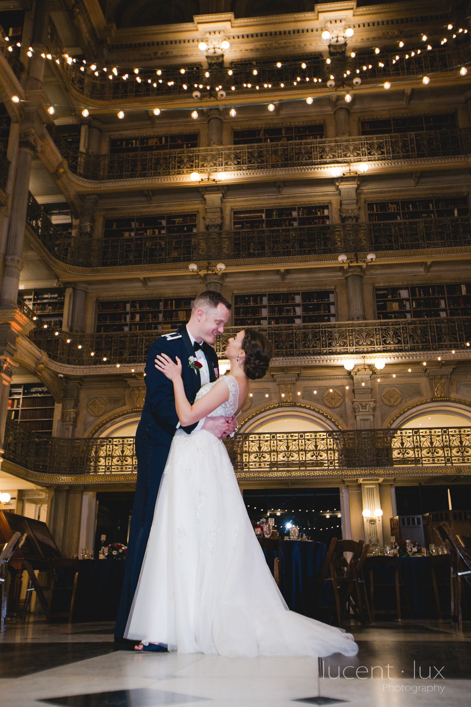 Peabody-Library-Wedding-Photography-Baltimore-Maryland-Wedding-Photographers-Balitmore-Maryland-162.jpg