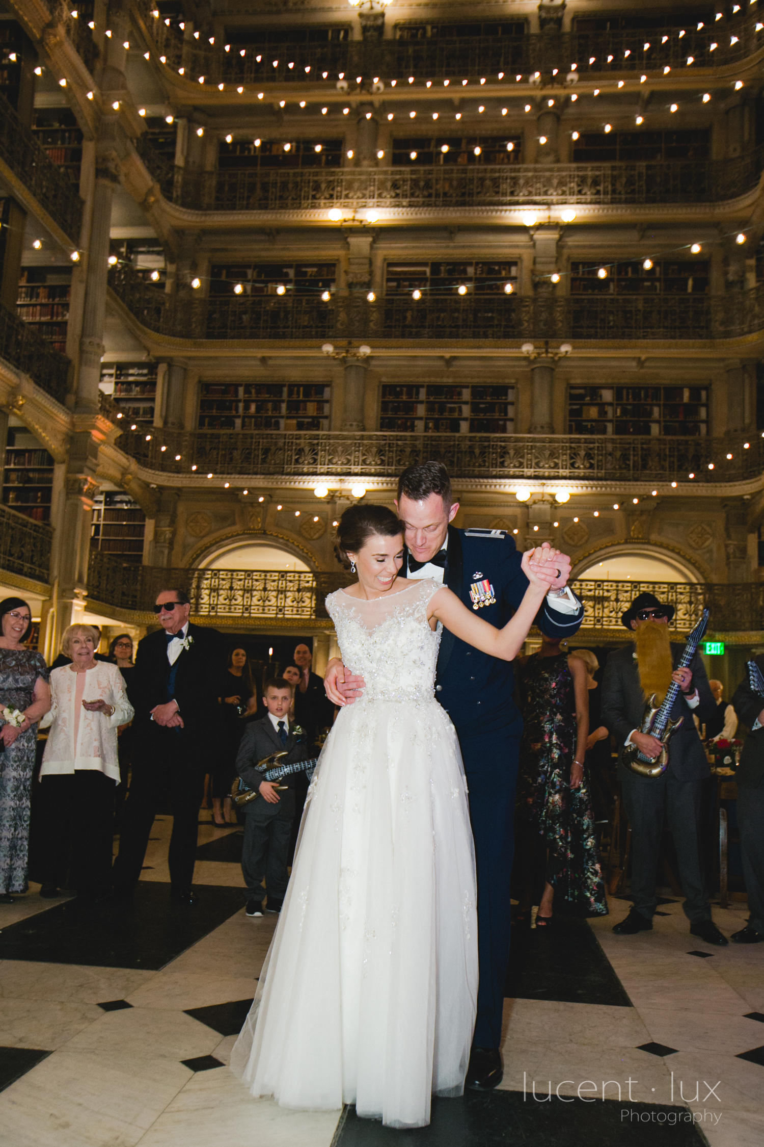 Peabody-Library-Wedding-Photography-Baltimore-Maryland-Wedding-Photographers-Balitmore-Maryland-166.jpg