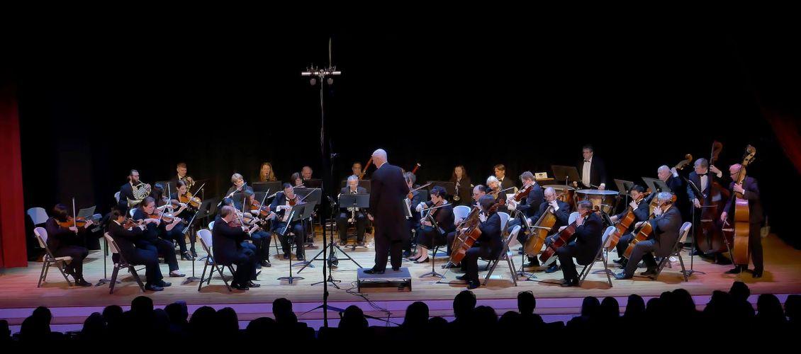 chappaqua-orchestra-robert-paterson-dark-mountains.jpg