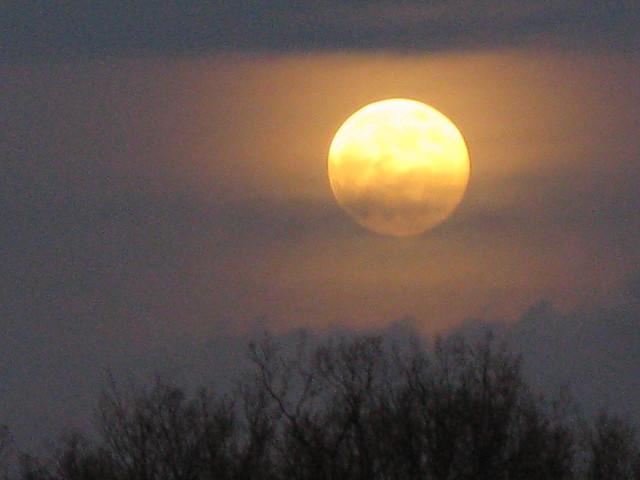 full_moon_640-1.jpg