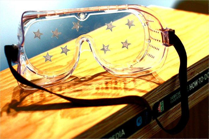 Vis-a-VisSociety_StarGoggles_HedreenGallery_photobyRebeccaHoogs.jpg