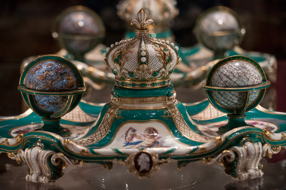 Inkstand, 1758-9.  a gift of king Louis XV to his daughter.