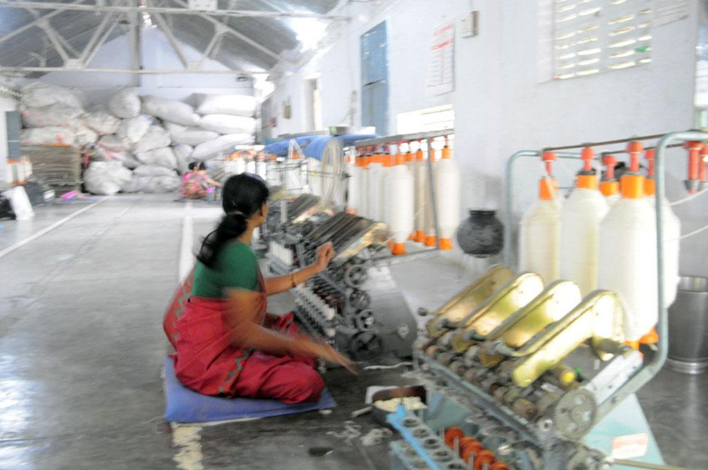 Vardha, spinning yarn