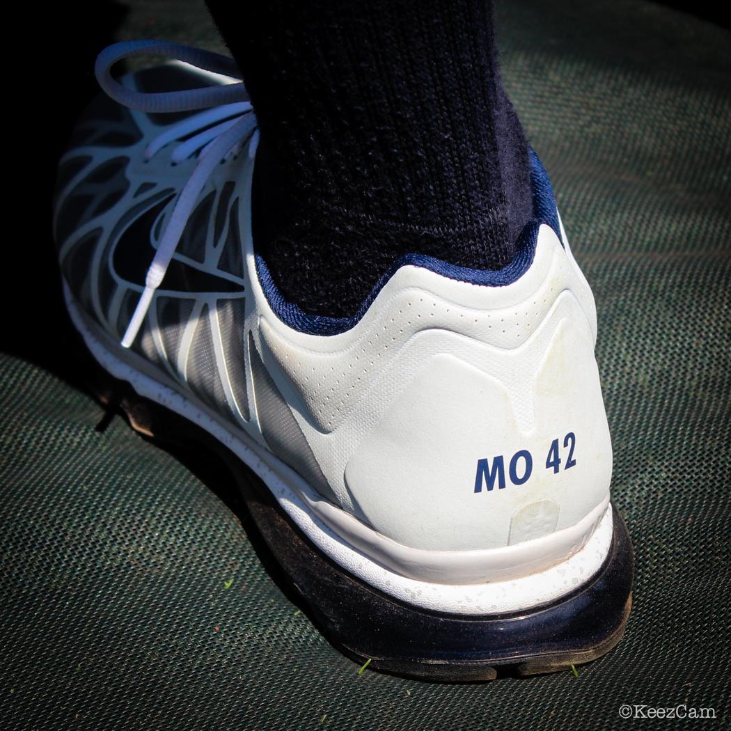 Mo 42