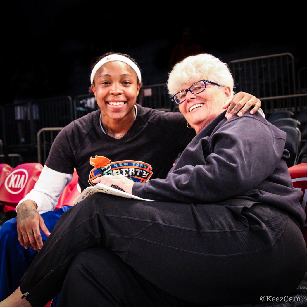 Cappie Pondexter & Lin Dunn smile for the Keezcam