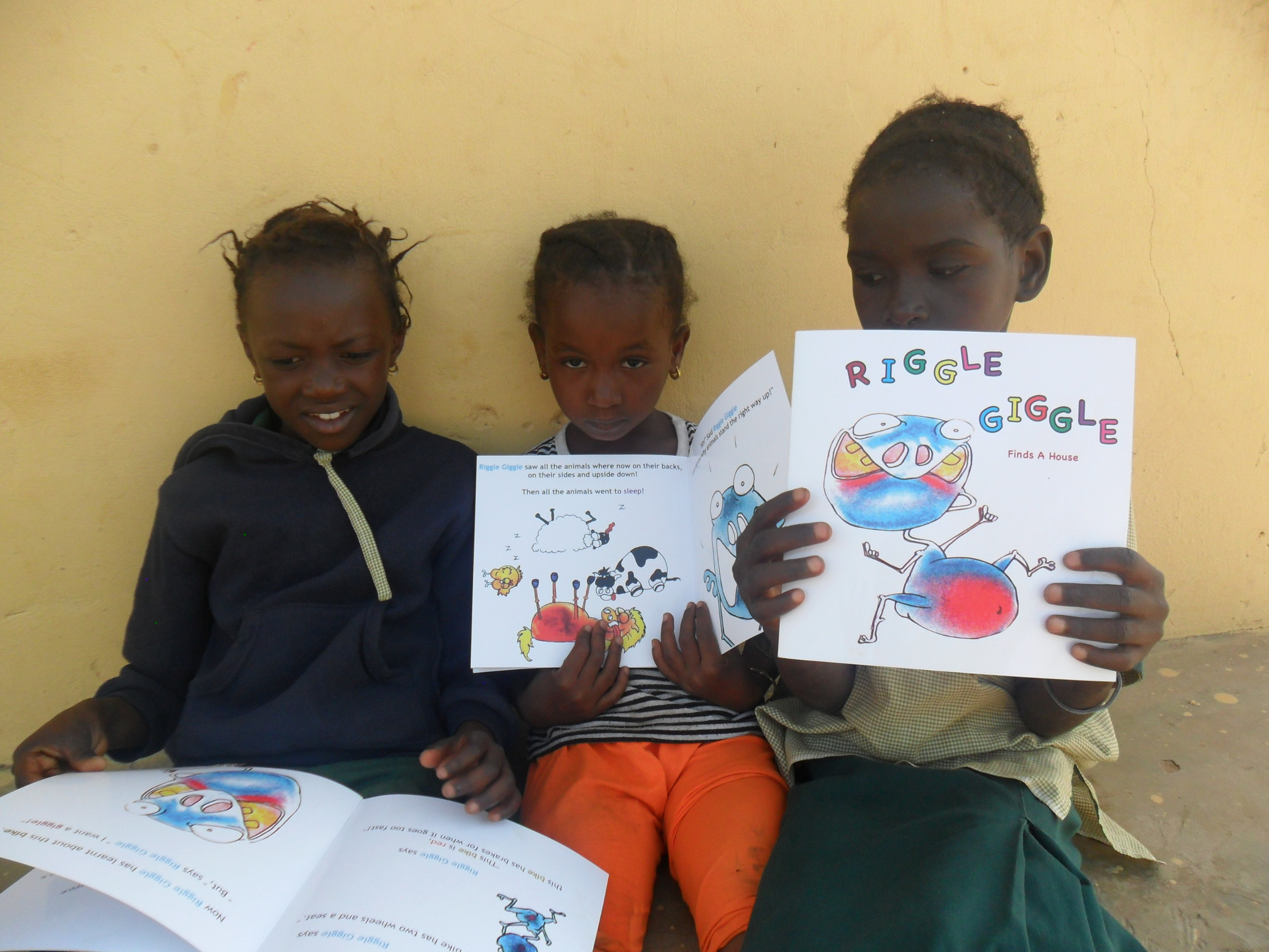 Popple's Tales makes it to a school visit a little further away!Kajabang village Primary school, Gambia.