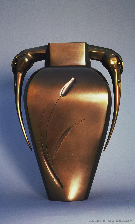 heron vase.jpg