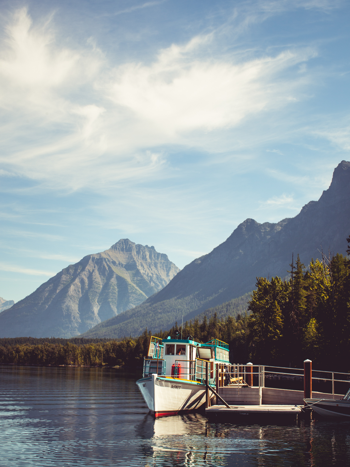 Tour Boat - Outdoors