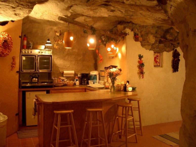 kokopellis-cave-bed-and-breakfast.jpg