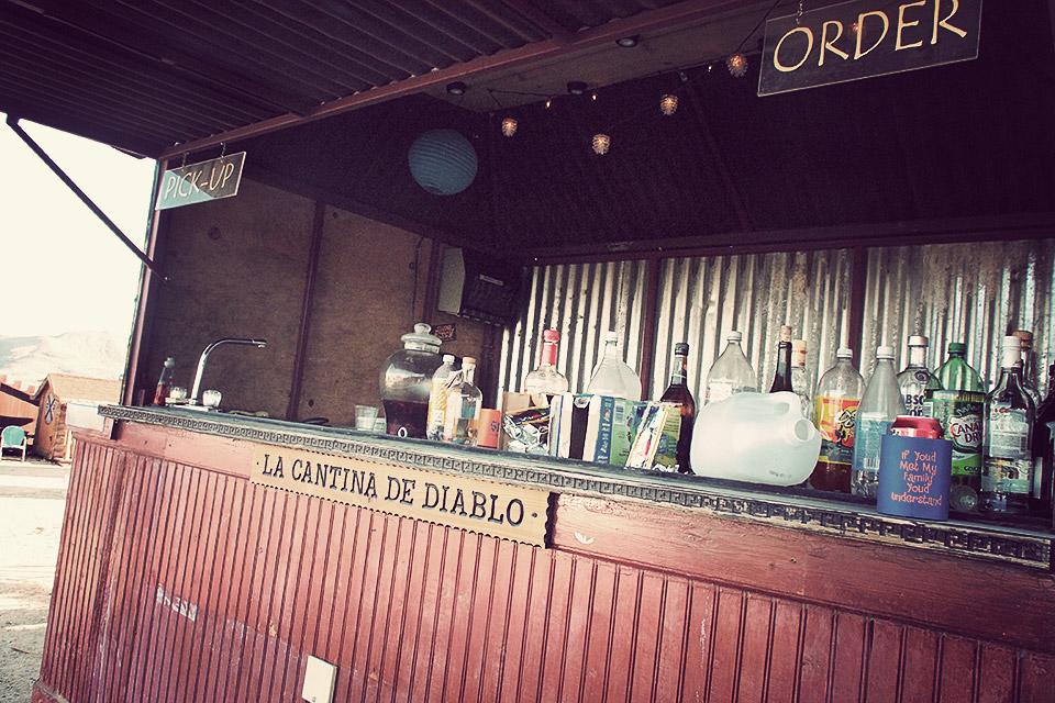 Hicksville Bar.png